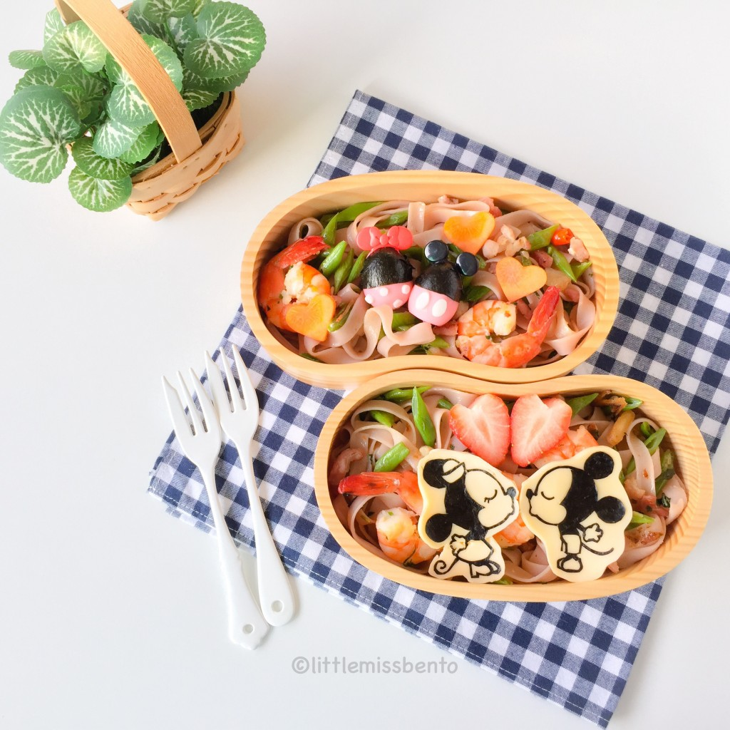 Mickey Minnie Pasta Bento (1)