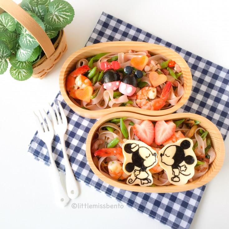 Mickey Minnie Valentine Bento (1)