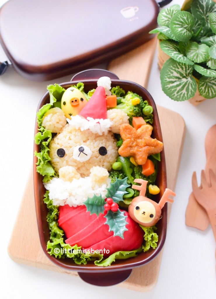 Rilakkuma Xmas Stocking Bento (1)
